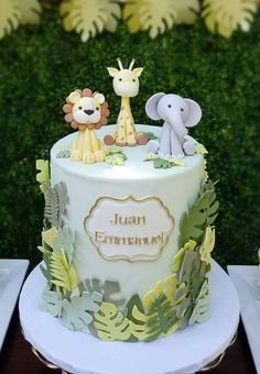 Safari Birthday Cakes, Jungle Theme Cakes, Safari Cakes, Baby Boy 1st Birthday Party, Jungle Safari Cake, Safari Theme, Safari Baby Shower Cake, Torta Baby Shower, Baby Shower Cakes For Boys