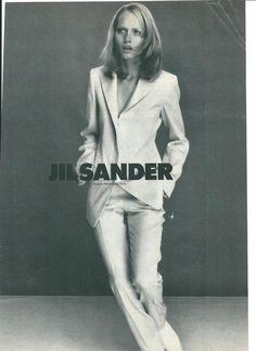 Amber Valletta jil sander white suit