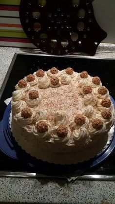 Giotto-Torte Food And Drink, Ethnic Recipes, Desserts, Cakes, Food, Tailgate Desserts, Deserts, Mudpie, Cake