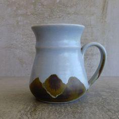 Lynne Thomas Norwood Pottery Wauchope NSW Australia. pre 1994 Australian Studio Pottery.