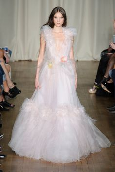 Southern belles can live their Scarlet O'Hara fantasies in this Marchesa gown.