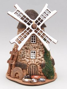 Image shared by Find images and videos about ideas on We Heart It - the app to get lost in what you love. Clay Houses, Ceramic Houses, Miniature Houses, Miniature Fairy Gardens, Clay Fairy House, Fairy Garden Houses, Doll House Crafts, Hobby House, Clay Fairies