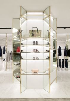 Sharing this luxury store retail display shop fitout Retail Design, Shop Interior Design, Shop Window Displays, Store Displays, Display Design, Store Design, Design Design, Closet Store, Luxury Store