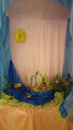 Nature table Passover, spring. שולחן זמן /פינת עונה פסח, אביב. Without the sun