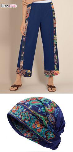 Floral Print Pants, Floral Prints, Broderie Anglaise Fabric, T-shirt Broderie, Cotton Beanie, Denim Ideas, Denim Shoulder Bags, Creation Couture, Pants For Women