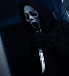 Ghostface Scream, Big Scary, Ghost Faces, Horror Icons, Fun World, Halloween Art, Horror Movies, Creepy, Instagram