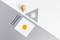 ! Ready to cook your Friday (o altro giorno della settimana) sweet treat on FENIX NTM panels? #FENIXNTM #ArpaIndustriale #nanotech #material #nanotech #surface #food #kitchen #clean #sweet #treat #colors #fish #dish