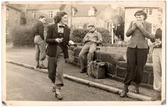 Stylishly attired members of the Erdington Social and Cycling Club, 1940s (image 2 of 3).