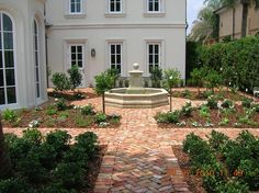 Reclaimed Old Chicago Clay Brick Paver Courtyard