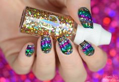 Simply Nailogical: 'V'-shaped loose glitter placement nails