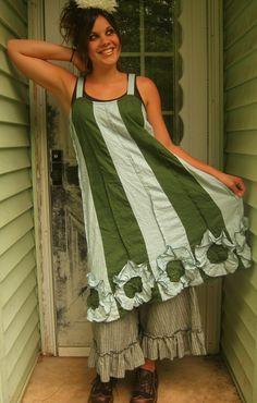 Gestreifte Blüte unten Kleid von sarahclemensclothing auf Etsy