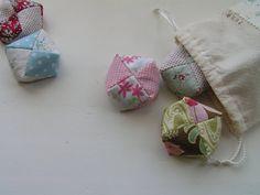 Tutorial for otedama-- Japanese juggling bags.