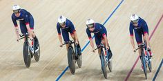 Great Britain smash world record to win team pursuit