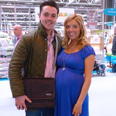 Ray Quinn (X-Factor, Dancing on Ice) with his wife Emma at the Baby Show. Emma Stephens, Ice Dance, Cool Things To Buy, Stuff To Buy, Espresso, Dancing, Dads, Celebrities, Brown