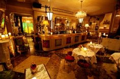 Beach Blanket Babylon – Notting Hill, London, Bookatable.com