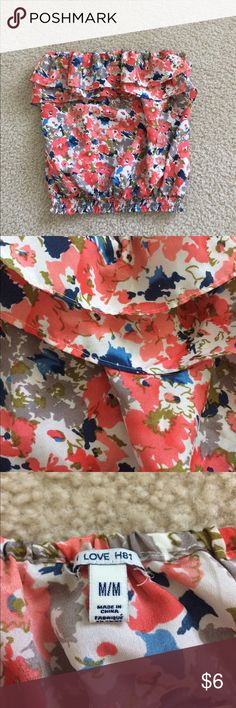 Floral Tube Top Vibrant colors, perfect for summertime! No stains. Forever 21 Tops Tank Tops