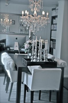 Decorating ideas Beautiful Home Designs, Beautiful Space, Beautiful Homes, Dining Rooms, Dining Area, Houston Apartment, White Furniture, Humble Abode, Bedroom Inspiration