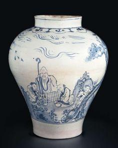 BLUE AND WHITE PORCELAIN JAR |  백자청화송하인물위기문호  | 白磁靑松下人物圍碁紋壺