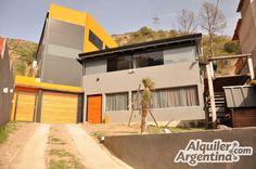 Casa para 2 a 12 personas con pileta y cochera en Villa Carlos Paz   Alquiler Argentina - AlquilerArgentina
