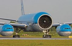 First plane built using common core math. Airbus Beluga, Avion Cargo, Pilot Humor, Photo Avion, Aviation Humor, Aviation Insurance, Aviation Quotes, First Plane, Funny Memes