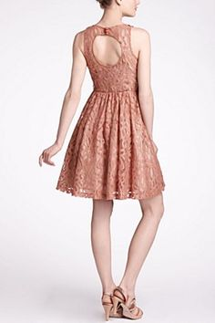 pink lace, love tracy reese. Mariposa Lace Dress   Anthropologie.eu