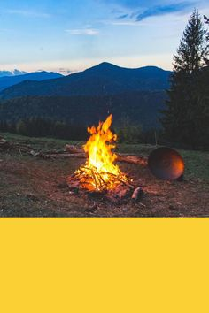 Cool Camping Gadgets and Hiking Gadgets You Need to Try This Summer or Fall. Camping Gear and Hiking Gear, and cool Assessories. Brazil Travel, Us Travel, Budget Travel, Travel Tips, Cool Camping Gadgets, Camping Hacks, Kayak Camping, Backpacking Meals, Camping Hammock