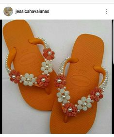 Slide Flip Flops, Flip Flop Sandals, Shoes Sandals, Beaded Beads, Beaded Jewelry, Crochet Flip Flops, Decorating Flip Flops, Macrame Bag, Shoe Pattern