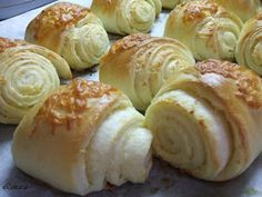Recipes, bakery, everything related to cooking. Hungarian Desserts, Hungarian Cake, Hungarian Recipes, Hungarian Food, Salty Snacks, Foods To Eat, Baked Goods, Cake Recipes, Bakery
