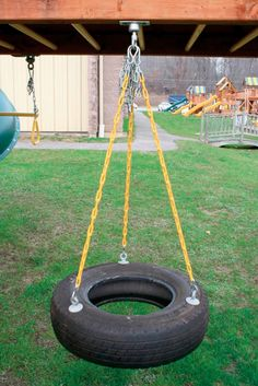 If you like the DIY projects and you already have experience than these DIY garden swing ideas will make your backyard more interesting and fun. Backyard Swings, Tire Swings, Backyard Playground, Backyard For Kids, Backyard Patio, Kids Play Spaces, Tyres Recycle, Reuse Recycle, Under Decks