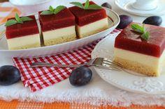 Sernik z galaretką ze śliwek Cheesecake, Food, Cheesecake Cake, Cheesecakes, Hoods, Meals, Cheesecake Bars