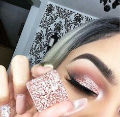 Prettiest glitters, shadows, highlights and lashes from www. Beautiful makeup looks Inspiration tutorial ideas organization make up eye makeup eye brows eyeliner brushes contouring lipstick highlight strobe lashes tricks Kiss Makeup, Prom Makeup, Cute Makeup, Pretty Makeup, Wedding Makeup, Hair Makeup, Wedding Hair, Makeup Hairstyle, Hairstyle Ideas