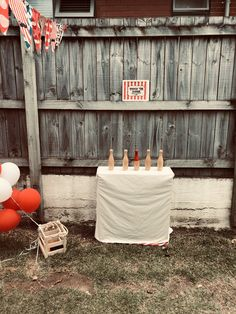 Knock em down. Carnival Party Games, Vintage Carnival, Handmade Art, Arts And Crafts, Party Ideas, Invitations, Kids, Young Children, Boys