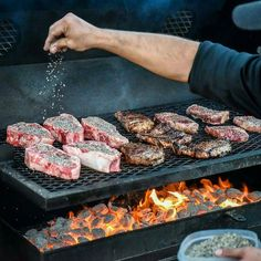 This may be my all time favorite grilling pic taken by the Pharoah of Food Photography: @robertjacoblerma . . . #Grill #Grilling #BBQ #Barbecue #FoodPorn #GrillPorn #Beef #BeefPorn #steakporn #Food #FoodPhotography #foodgasm #foodography #instafood #foodiegram #foodie #foodstagram #foodpics #Meat #MeatPorn #meatlover #Paleo #GlutenFree #BrotherhoodofBBQ