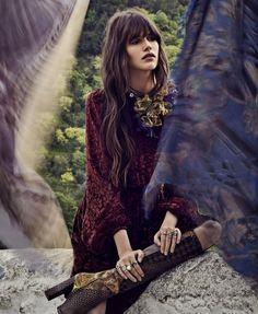 The New Bohemian: Vanessa Moody by Nathaniel Goldberg for Harper's Bazaar US August 2015 Bohemian Fall Fashion, Bohemian Mode, Hippie Chic, Bohemian Style, Boho Chic, Autumn Fashion, Gypsy Fashion, Fashion Vintage, Gypsy Style