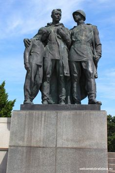 Slavin is a memorial monument and military cemetery of almost 7 000 Soviet soldiers who fell during the World War II while liberating the city in April 1945 Military Cemetery, Bratislava, Soviet Union, World War Ii, Figurative, Statues, Bodies, Frozen, Memories