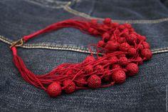 Темно-красное колье из льна и вулканической лавы бусы многорядные бохо – купить в интернет-магазине на Ярмарке Мастеров с доставкой