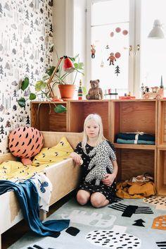 NAPPY NAP MUSLIN CLOTHS And SNUGGLERSu0027 PARADISE BABY BLANKETS