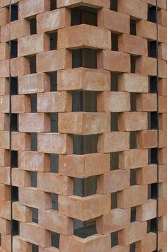 16 Details of Impressive Brickwork,© Agustín Ichuribehere
