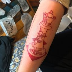 #queen #chesspiece #chesspiecetattoo #mandala S/O @ratatouille_strychnine
