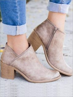 2018 Chic Autumn Women Shoes Retro High Heel Ankle Boots Female Block Mid Heels Casual Botas Mujer Booties Feminina Plus Size 43 Knee High Platform Boots, High Heel Boots, Heeled Boots, Boot Heels, Ankle Booties Outfit, Boot Wedges, Cute Ankle Boots, Heeled Sandals, Knee Boots
