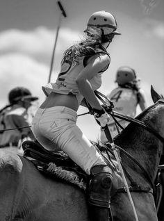 Polo - black & white - horse.