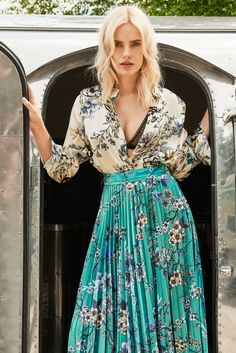 See our latest New Season collections available to buy online or in-store. Lace Skirt, Personal Style, Womens Fashion, Fashion Trends, Formal Dresses, Skirts, Stuff To Buy, Collection, Ink