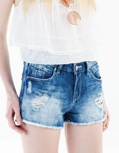 Pantalones cortos vaqueros                                                                                                                                                                                 Más