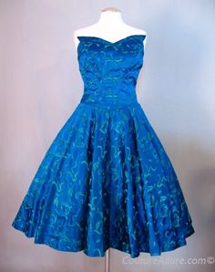 Vintage 50s Dress Full Skirt Wing Bust Small bust 35 at Couture Allure Vintage Clothing