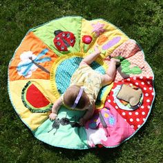 DIY: Quilt for Kids.  Don't think I will ever get to this, but it is super cute!