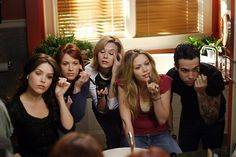 this is kinda funny actually, pete wentz from fall out boy was on one tree hill just for a couple episodes. Pete Wentz, Hilarie Burton, Supernatural Jensen Ackles, Supernatural Star, One Tree Hill Quotes, Nathan Scott, Nathan Haley, James Scott, Peyton Sawyer