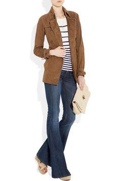 Short shirt and a long jacket.... | And a long jacket ...