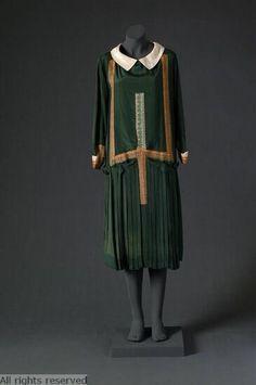 1925-1927 Patou dress.
