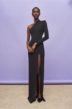 Discover the full Solace London collection of dresses with brand exclusives online now. Shop midi dresses, maxi dresses and gowns with UK next day or express global shipping. Black Women Fashion, Look Fashion, Womens Fashion, Fashion Design, Fashion Vest, 50 Fashion, Fashion Styles, Fashion Beauty, Elegant Dresses
