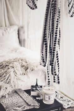 16 Trendy Home Improvement Hacks People Glam Bedroom, Home Bedroom, Bedrooms, Interior And Exterior, Interior Design, Estilo Boho, Trendy Home, Dream Decor, Bars For Home